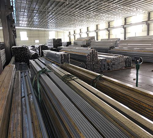 深圳市龙大净化材料有限公司