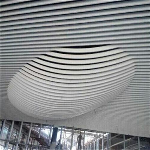 铝方通弧形3.jpg