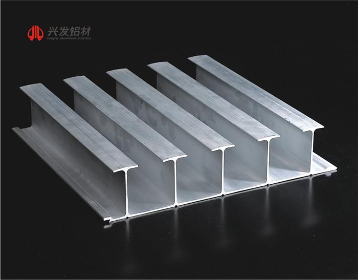 6061、6082冷藏集装箱用铝型材1.jpg