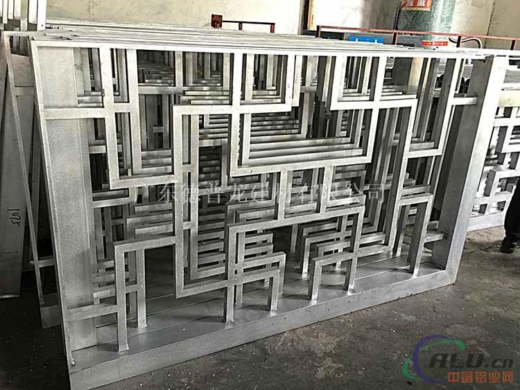 木纹铝窗花-铝窗花多少钱一平方米?