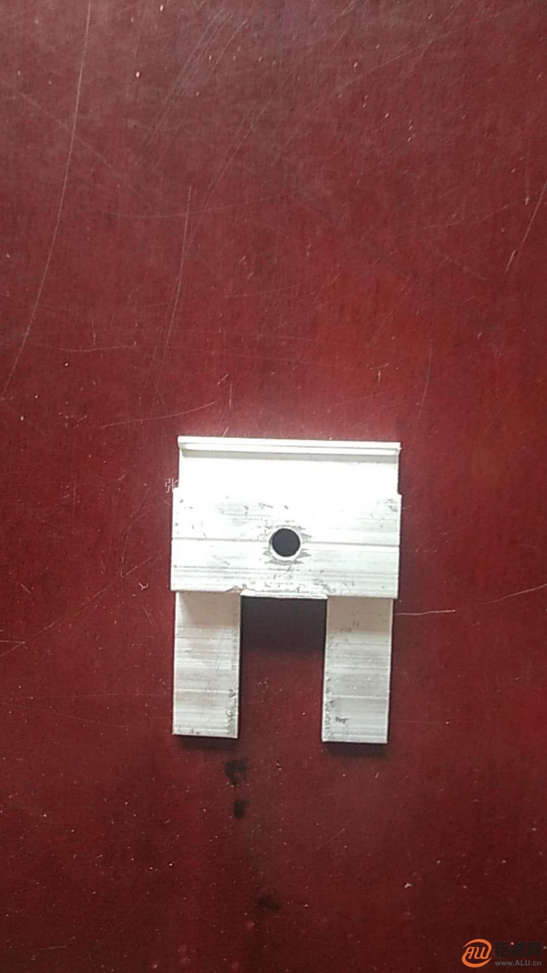 供应幕墙保温铝挂件铝型材