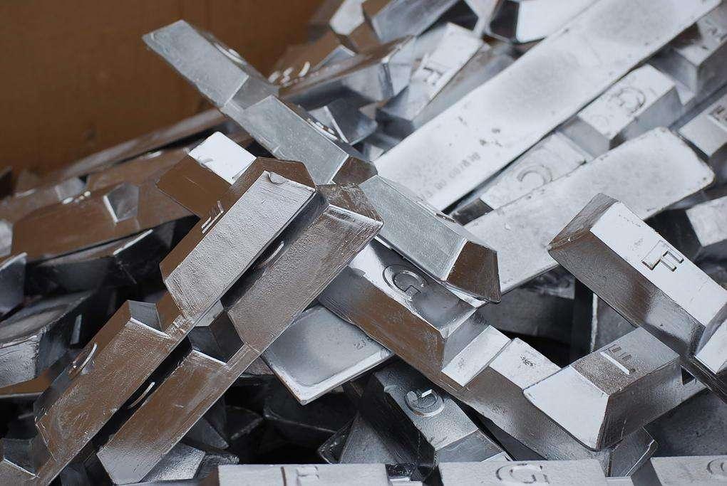 铝锌铜铅锭铸造机
