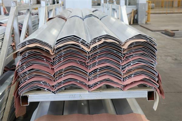 按客户要求开模生产各种铝型材