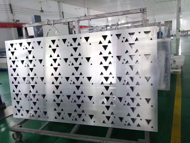 五角星雕刻铝板-三角形镂空铝单板