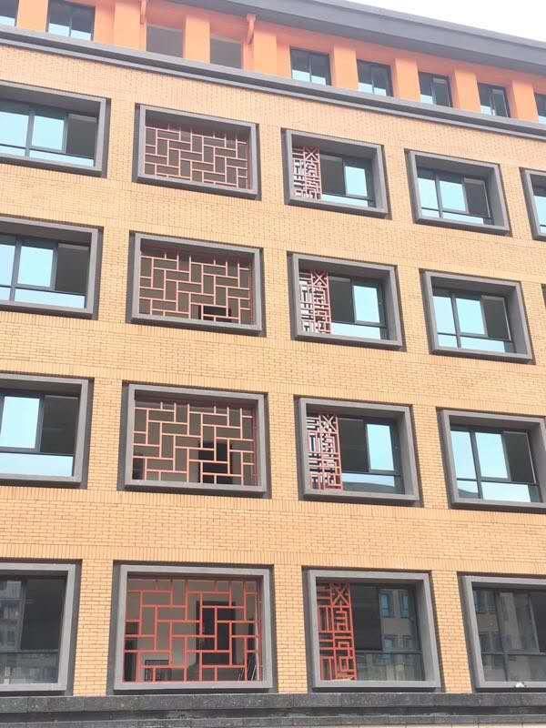 酒店大堂装饰铝窗花-中式铝花格