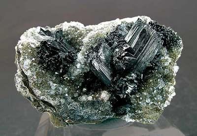 加蓬希望2019年成为全球第 一 大锰矿出口国