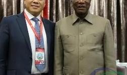 几内亚总统孔戴会见魏桥创业集团副董事长、中国宏桥集团行政总裁张波