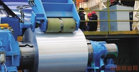 天成彩铝首台冷轧机组试车成功酒钢第 一卷冷轧铝产品下线