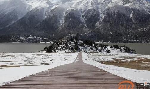 雪域高原绽放铝色光芒