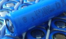 锂电池产业进入深度洗牌期 安全问题引多方关注