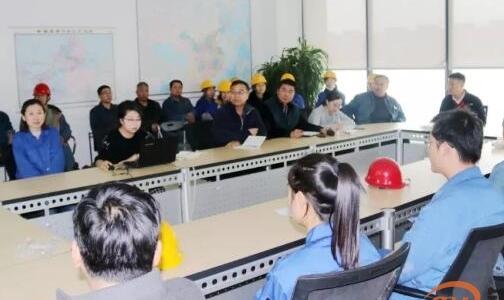 天山铝业通勤车队召开优质服务工作协调会