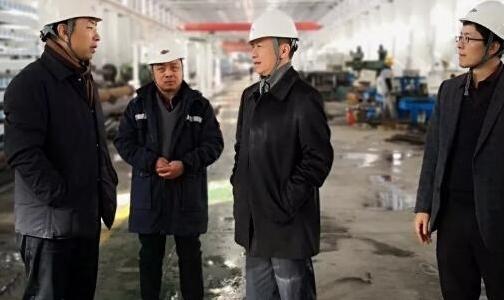 贵阳铝镁设计院总经理袁赤一行到三维公司进行交流考察
