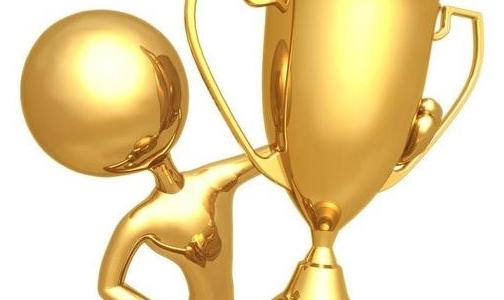 """记""""中国铝业杯""""第十二届全国有色行业技能竞赛第 一名获得者颜凤梅参赛"""