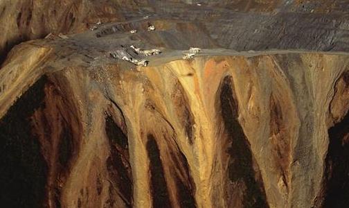 前三季度民主刚果采矿业增长一倍