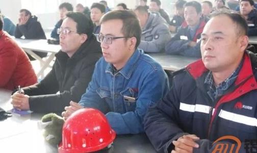 天山铝业电解铝事业部开展车间用电安全培训