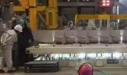 豫联集团:高精铝熔铸4号线首炉扁锭产品铸造成功