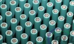 戴姆勒称高镍电池在电动汽车行业越来越受青睐