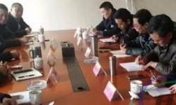 重庆车务段与旗能铝业公司就盘活专用铁路运能等事宜进行协调沟通