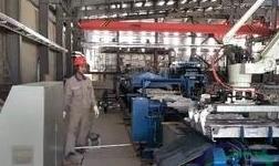 百矿集团德保高性能铝材一体化项目 成功浇铸首批铝锭