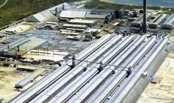 伊朗南方铝厂二级电源柜主电缆敷设完成