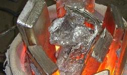 无锡市惠山区查处环境违法企业 熔铝作业点废气扰民被取缔罚款