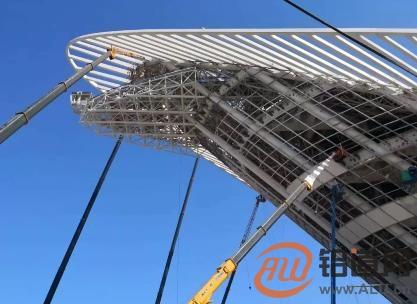"""和平铝业助力""""凤凰之舟""""项目 打造青岛未来新地标"""