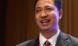 卢东亮出席香港大学生对话央企高管活动