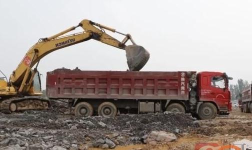 确保供矿义不容辞――小关矿采三矿区冒高温酷暑调矿、回矿工作侧记