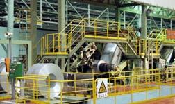 天成彩铝冷轧二分厂挑战设备极限成功轧制单零九产品