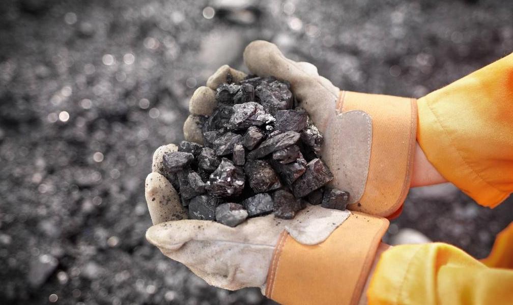 善弈者郑建锋――记中铝矿业有限公司小关矿采三矿区主任