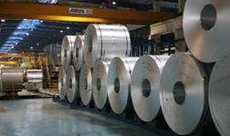 阿联酋环球铝业向中国中车订购的车厢运抵几内亚