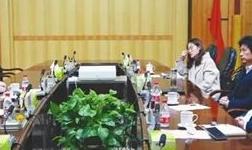 铜陵有色董事长杨军会见德国奥卢比斯执行总裁罗兰・哈里尼