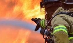 海源铝业公司物业综合部 宣传排查一起行动 火灾隐患无处遁形