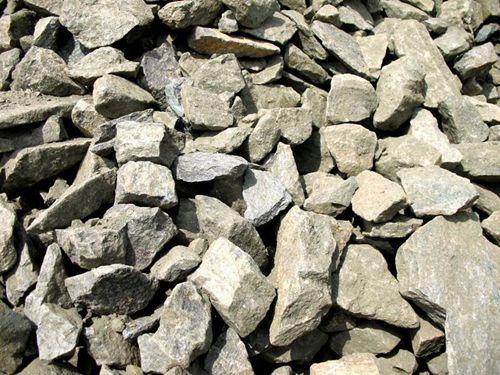 中国10月自印尼进口镍矿石数量环比激增23.4%,因印尼出口禁令逼近