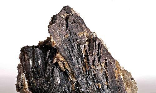 超采钨矿将扣减开采指标并追责