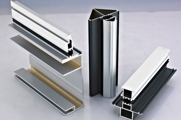 工业铝型材与传统材质的优势对比