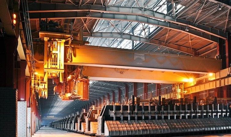 """贵阳院设计的160千安预焙槽系列成为全球电解铝工业的""""寿星槽"""""""