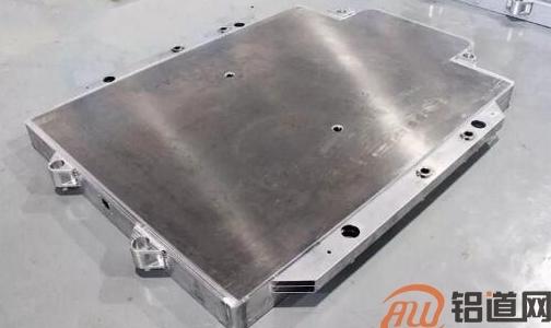 电池托盘轻量化 选铝还是高强钢?