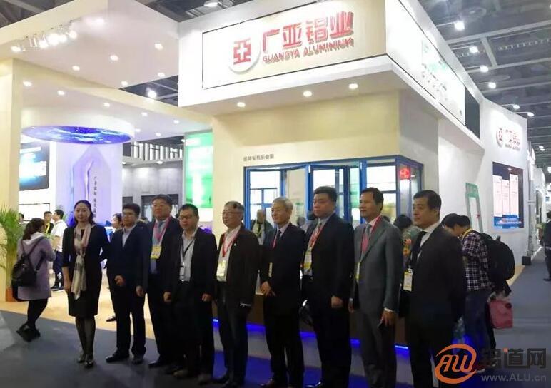 广亚铝业&同框门窗登临第25届广州门窗展