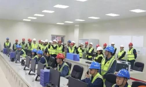 国电投遵义公司氧化铝项目点火成功