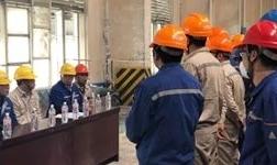陕西有色榆林新材料铝业分公司开展电解槽滚铝停槽应急演练