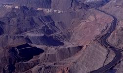 平果县部署2019年铝周边矿山采矿用地征地工作
