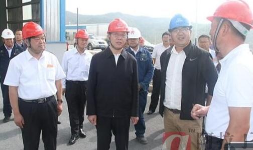 云南省委副书记调研鹤庆铝产业发展情况