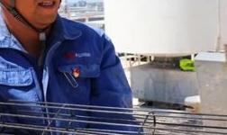 天山铝业电厂干部员工扎实工作奋战在设备抢修一线