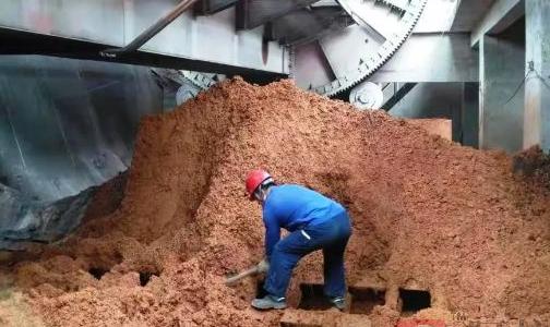 保镖护卫助生产 山西新材料进口矿单日翻车量创新高