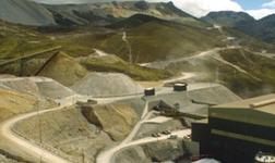 玻利维亚San Cristobal银锌矿罢工游行