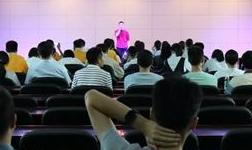 """""""寻航・逐梦""""兴发铝业喜迎新中国成立70周年职工歌唱比赛总部赛区初赛"""