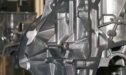南京隆鑫建轻量化汽车部件生产线