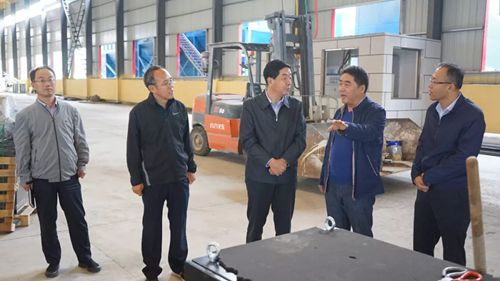 孔保宝在繁峙经济技术开发区调研