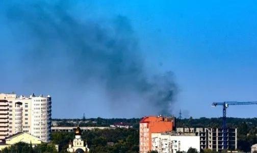 由于炮击,顿涅茨克一铝厂发生严重火灾